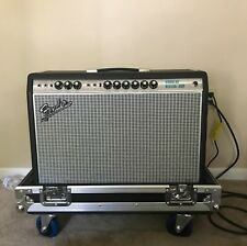 Fender Vibrolux Reverb Amp and Road Case