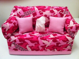 Duck Dynasty Pink Tissue Box Cover Handmade