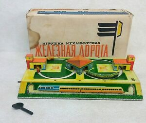 Russian Tin Litho Wind-Up Train Set Toy Aopota New W/ Key and Packaging