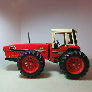 Ertl IH 3588 2+2 Tractor White Cab made in USA 1/16 IH-464-G