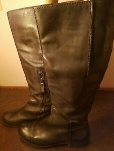 Womens Boots Size 7 Modern Vintage Olympia Black Boots Leather. Botas para mujer