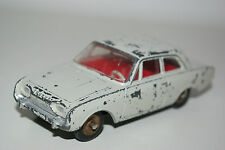 DINKY TOYS 559 FORD TAUNUS WHITE EXCELLENT CONDITION