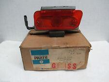 Mopar NOS 1968 Chrysler RH Front Park Light T/Signal Assembly Except 300 2853208
