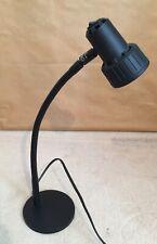 Lector de graves Lámpara De Mesa Modelo WH-602E2N-UK