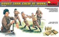 MIN35153 - Miniart 1:35 Scale - Soviet Tank Crew at Work Special Edition