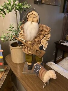 Limited Edition Beautiful Arnett's Country Store Santa With Sheep!!