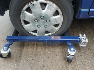 2 x  Non Hydraulic car wheel skates car dolly caravan movers  cjautos