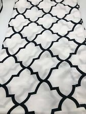Pair King Pillow Shams QUATREFOIL White With Black Silky Feel Poly