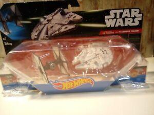 Hot Wheels Star Wars Navicelle Tie Fighter vs Millennium Falcon Nuovo
