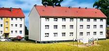 Auhagen TT 13318: Mehrfamilienhaus mit Kellereingang