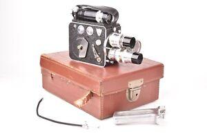 Camera cinema Pierre Leveque modele LD8, 8mm. Avec 3 objectifs, poignée et étui.