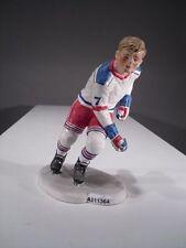 +# A011364 Goebel Archiv Muster Skrobek Mann spielt Eishockey auf Schlittschuhe