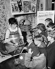 """Carole Ann Ford Dr Who 10"""" x 8"""" Photograph no 2"""