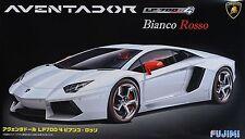 FUJIMI LAMBORGHINI AVENTADOR LP700-4 BIANCO ROSSO Scala 1/24 Cod.12564