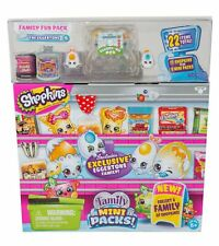 SHOPKINS New Families in Collectible Mini Pack (22 Piece) Toy Figures Playset