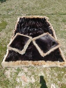 Beaver & Fox Fur Blanket with Throw Pillows