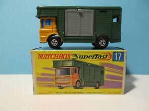 Matchbox - SF17 - Leyland Horse Box in OVP
