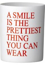 """Bloomingville Windlicht mit Spruch """"A SMILE IS THE PRETTIEST THING YOU CAN WEAR"""""""