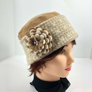 Women's Cashmere Sweater Hat Hand Made Camel Houndstooth w/ Flower Brooch Pin OS