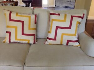 Oscar de la Renta Chevron Ribbon fabric 20 inch down/feather pillows, new