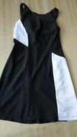 Eliza Audley Stetch Figure Flattering Black White Dress Women's Size XS XSMALL