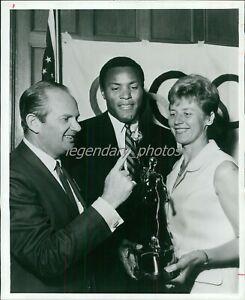 1960s Rafer Johnson & Greta Anderson Olympic Champions Orig News Service Photo