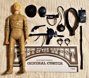 Tan color body General Custer 13/22 Accessories, Manual, Johnny West Maddox Marx