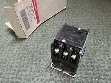Honeywell Contactor R8212Q 1009 3P 24V New Surplus