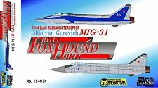 1/144 Cold War Fighter : Mikoyan MiG-31 FoxHound  [USSR] : Triple Nuts