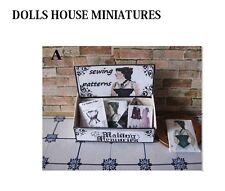 VINTAGE SHOP sul bancone dei modelli di cucito Miniatura Dollshouse
