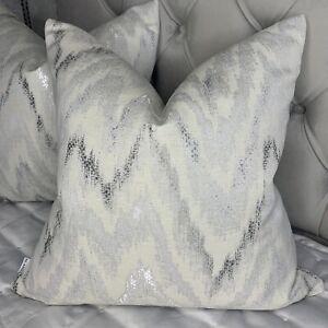 """Luxury Eternity Cushion Cover 18"""" Designer Fabric Geometric Zig Zag Grey Silver"""