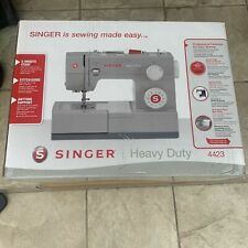 SINGER Heavy Duty 4423 Sewing Machine with 23 Built-in Stitches *in Hand!*