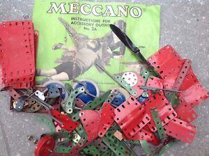 Vintage mecanno instruction book No.2A plus selection of parts