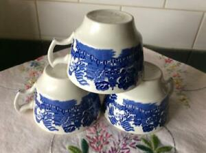 3 ANTIQUE RETRO BLUE WILLOW CHINA WOODS WARE MADE IN ENGLAND TEA CUPS