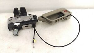 Volvo XC90 rear tailgate trunk latch lock actuator assembly tan OEM 03-14 3 row