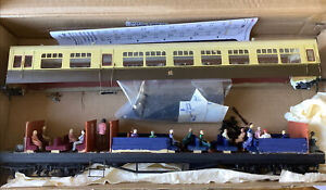 O Gauge Auto Coach With  Instructions