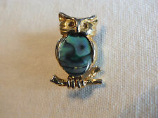 """Beautiful Brooch Pin Gold Tone Owl Marbled Cabochon Hollow Eyes 1 1/4"""" Cute"""