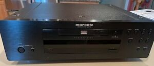 Marantz BD8002 Blu-ray/DVD/CD Player - Outstanding Condition!!!
