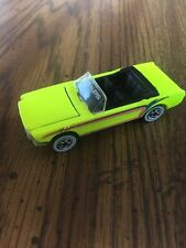 "HOT WHEELS 1983 FLUO YELLOW ""REVEALER""FORD MUSTANG CONVERTIBLE"