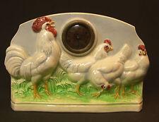 A 1930 Pendule pendulette faïence sarreguemines 28cm poules et coq dans prairie
