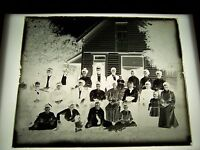 """ANTIQUE 8"""" X 10"""" GLASS PHOTOGRAPH NEGATIVE OF LARGE FAMILY WITH HOUSE"""