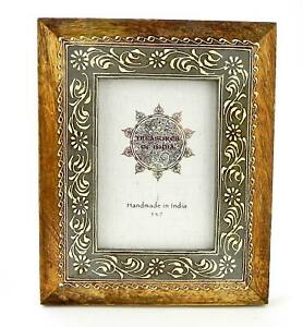 Photo Frame Wood With Gray Border and Painted White Floral Design India 5x7