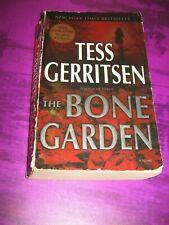 The Bone Garden - Tess Gerritsen - Paperback Softcover Medical Suspense