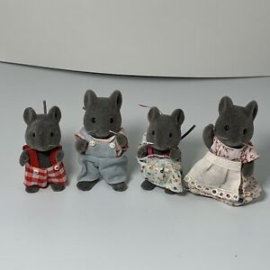VINTAGE 1985 EPOCH SYLVANIAN FAMILIES MICE FAMILY LOT OF 4 CALICO CRITTERS