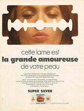 PUBLICITE ADVERTISING 045  1969  GILETTE  lame rasoir SUPER SILVER