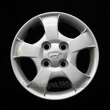 Hyundai Accent 2000-2002 Hubcap - Genuine Factory Original OEM 55546 Wheel Cover