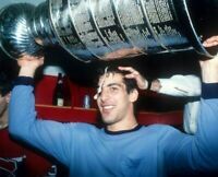 Chris Chelios Montreal Canadiens UNSIGNED 8x10 Photo Cup