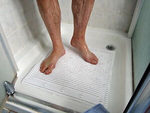 Isagi Antimicrobial - Slip Resistant Square Shower Mat