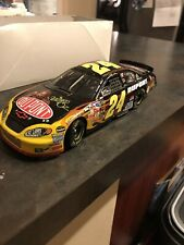 JEFF GORDON 2004 DUPONT WIZARD OF OZ 1/24 ACTION DIECAST CAR
