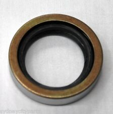TOYOTA LANDCRUISER FRONT DRIVESHAFT OIL SEAL 9031035010 X 1 ONLY 70# 80# 100#